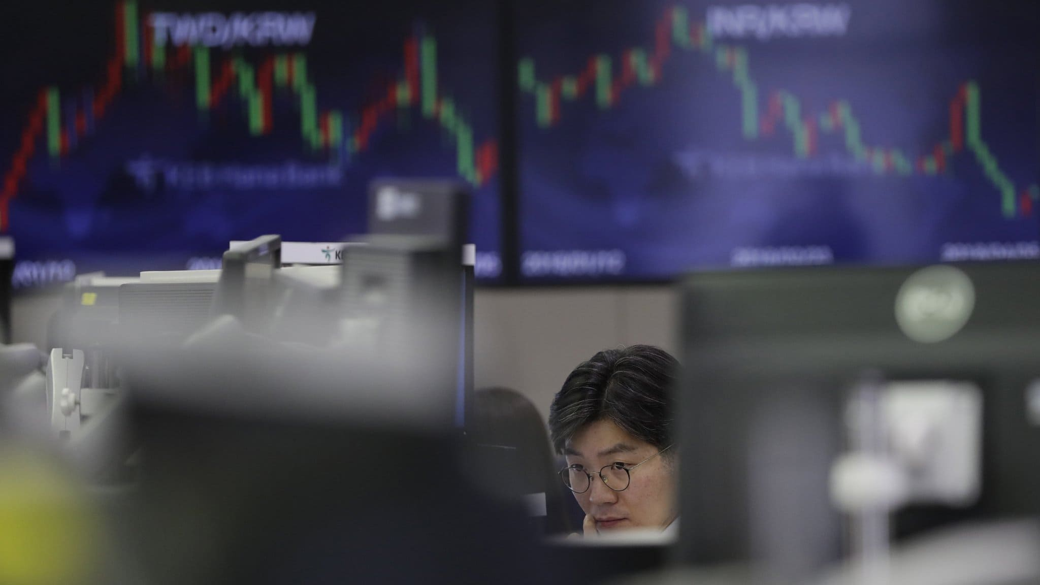 Economic Growth Worries Pushes Down Stocks In Asia And The US Markets