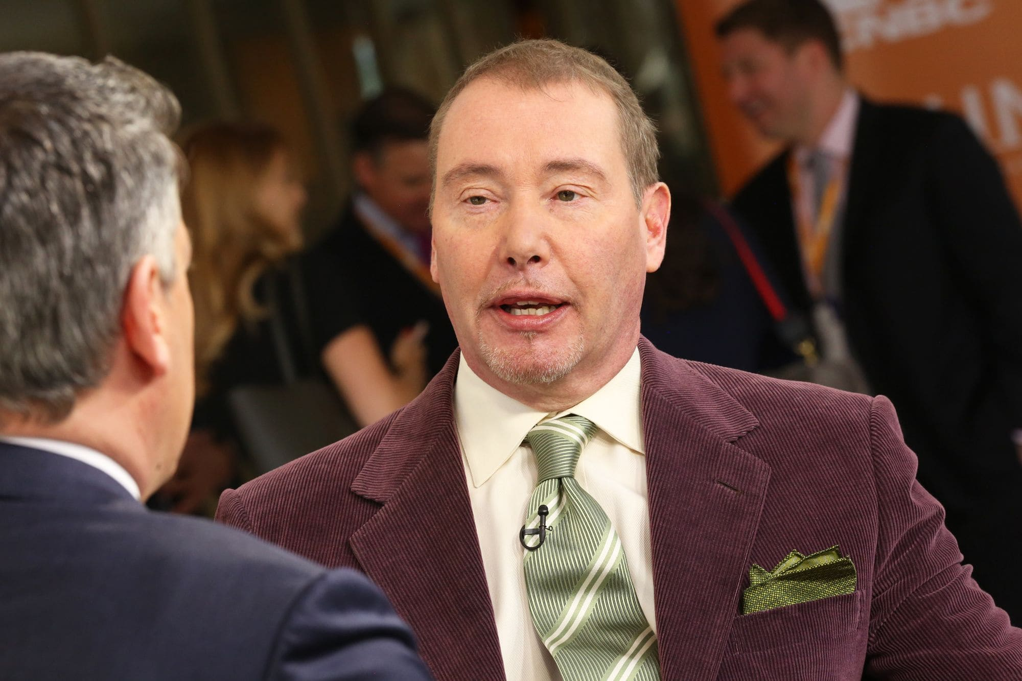 Economy shows more signals of recession says Bond King Jeffrey Gundlach