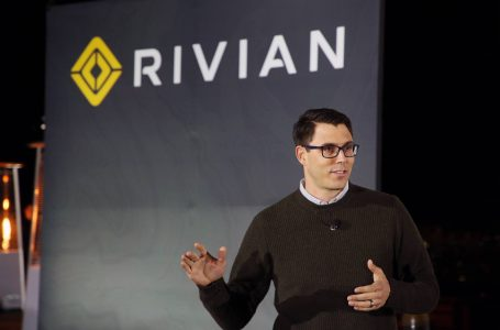 GM and Amazon Mulling Investment in Electric Pick Up Truck Company Rivian