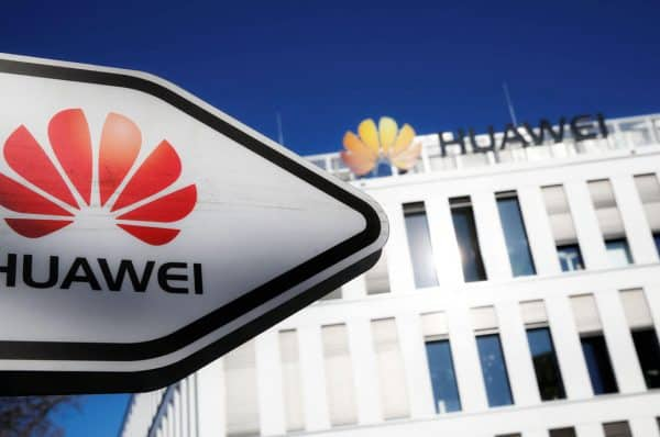 Experts Say US in No Danger of Falling Behind Due to Huawei Ban